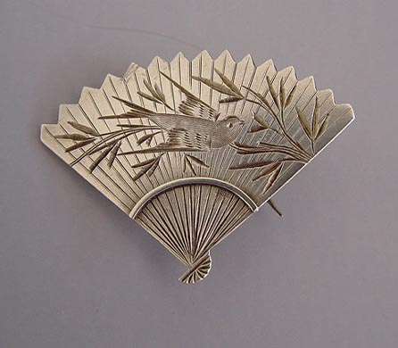 VICTORIAN sterling silver fan brooch with Aesthetic etched bird and bamboo leaves