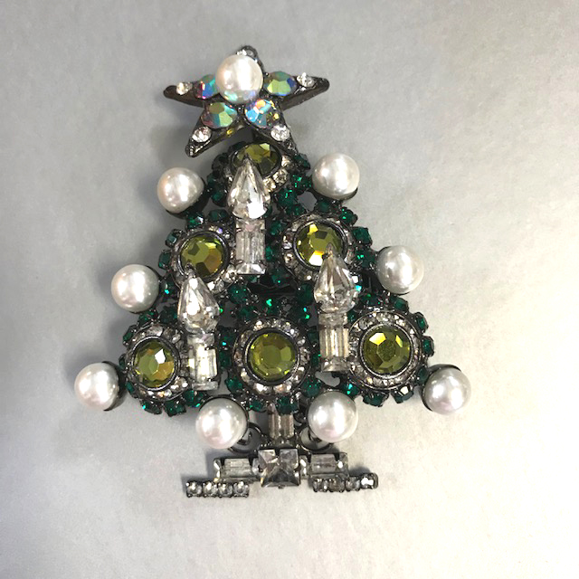 VRBA holiday Christmas tree brooch with green rhinestones in two shades, glass pearl ornaments