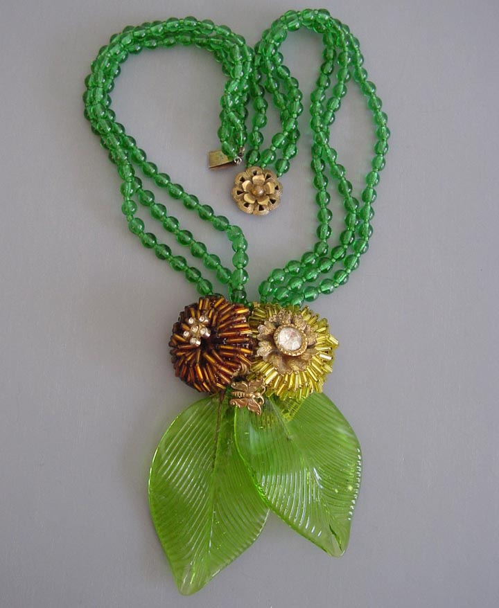 MIRIAM HASKELL by Frank Hess rare green glass leaves and bugle bead flowers necklace